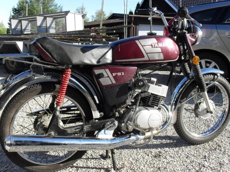 Yamaha-Ax100